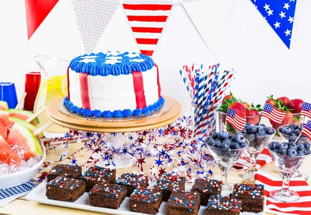 4th of July tablescape with patriotic desserts